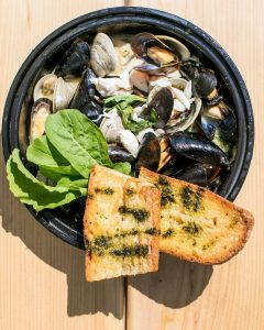 Read more about the article Becasue Monday Can be a Funday, We are OPEN at 4! || Mussels & Clams Pinot  || O… – Stefano's Restaurant LBI